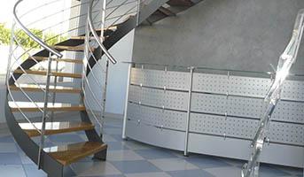 particulares-escaleras-barandillas-puertas