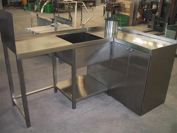acero-inoxidable-mueble-diseño